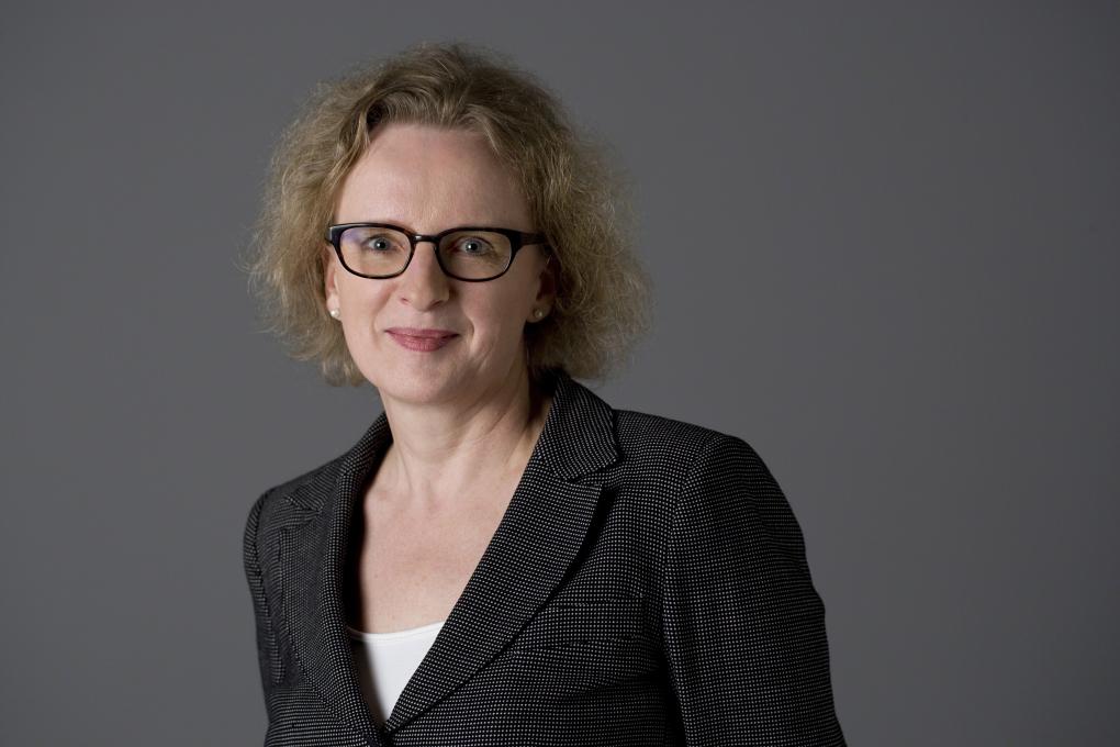 saarshot portret Netwerk voor Juristen